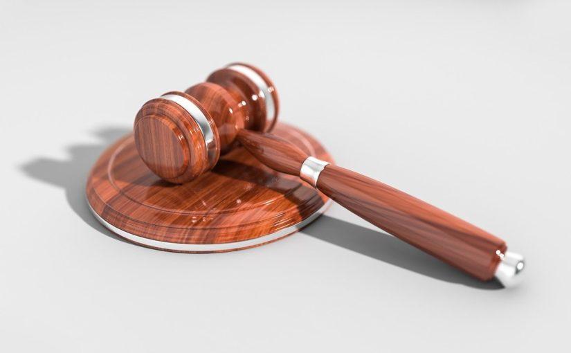 W czym potrafi nam wspomóc radca prawny? W jakich sytuacjach i w jakich płaszczyznach prawa wspomoże nam radca prawny?